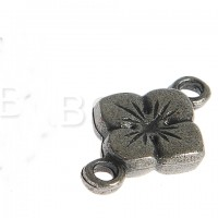 Cast four-leaf connector, 2 pcs. antique silver colored, 18mm